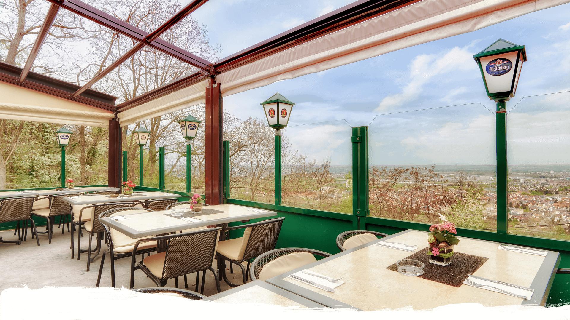 sonnendeck auf dem kappelberg panorama restaurant stuttgart fellbach. Black Bedroom Furniture Sets. Home Design Ideas